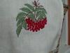 Вышитая салфетка Красная рябина